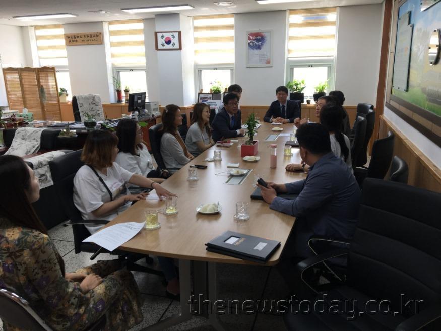 2019-05-23-오인철 의원-천안 차암초 간담회.jpg