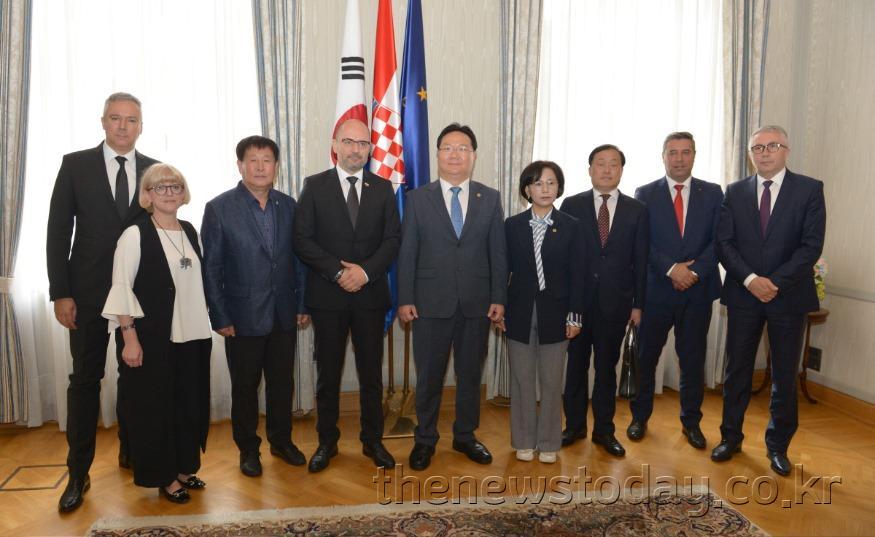 크로아티아 국회 부의장 접견02.jpg