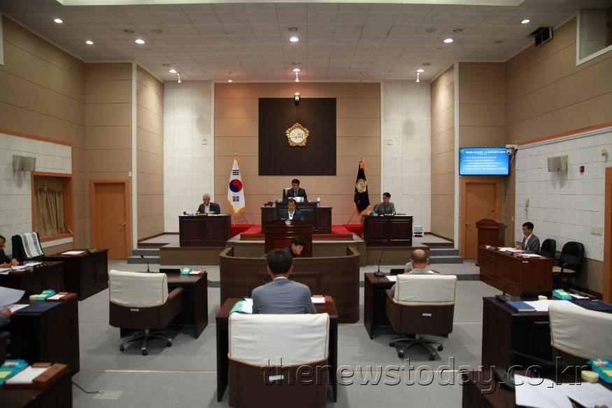 0911 금산군의회 262회 임시회.jpg