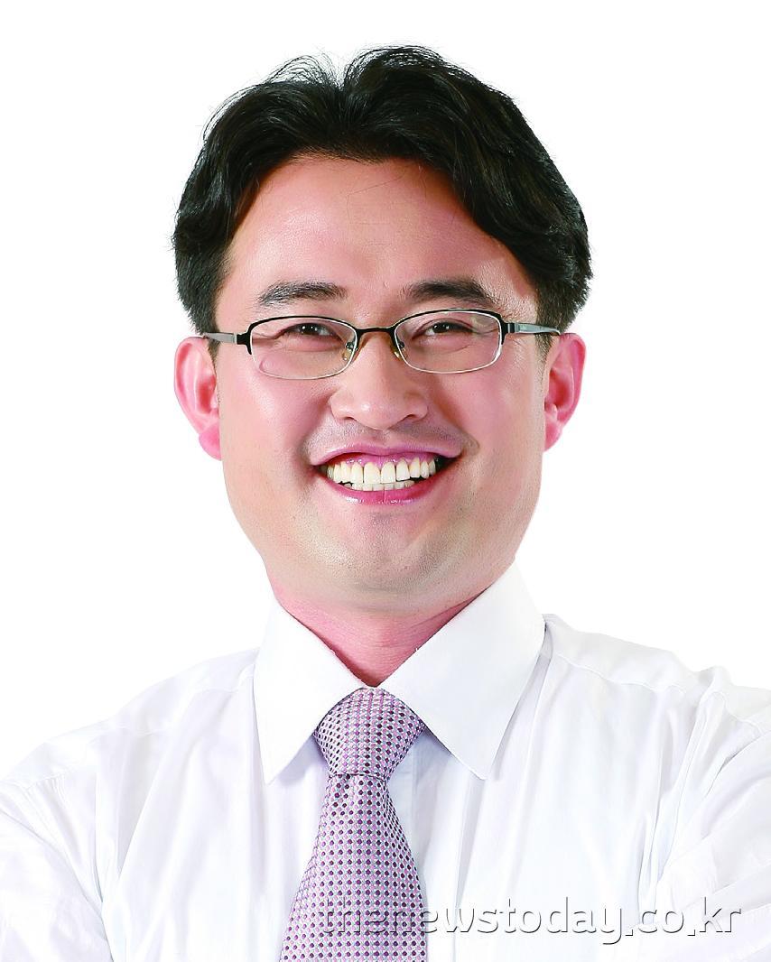 안장헌 의원1(아산4, 민주).jpg