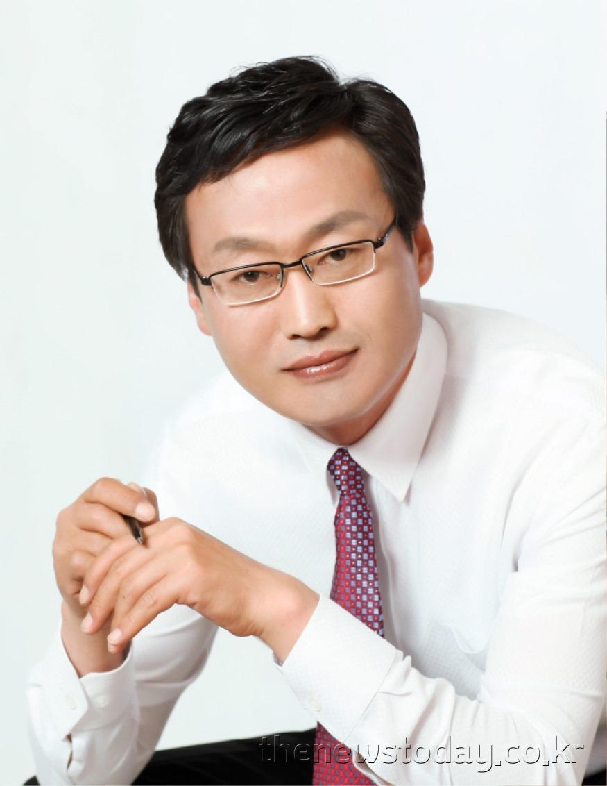 김득응 의원(천안1, 더불어민주당) (2).jpg